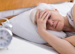 older woman trouble sleeping