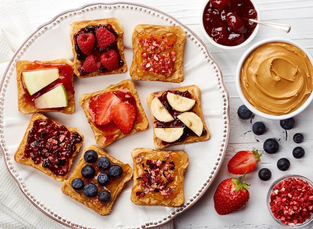 fruity-toast-nutt-butter