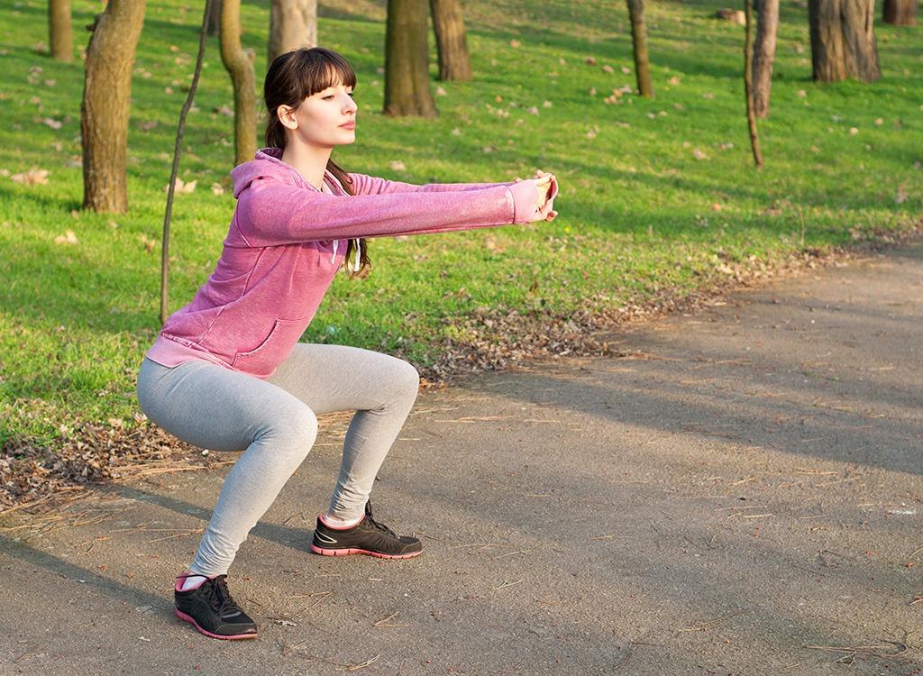 sumo squat in park