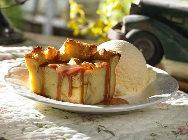 Uno Grill Bread Pudding with Salty Caramel Sauce
