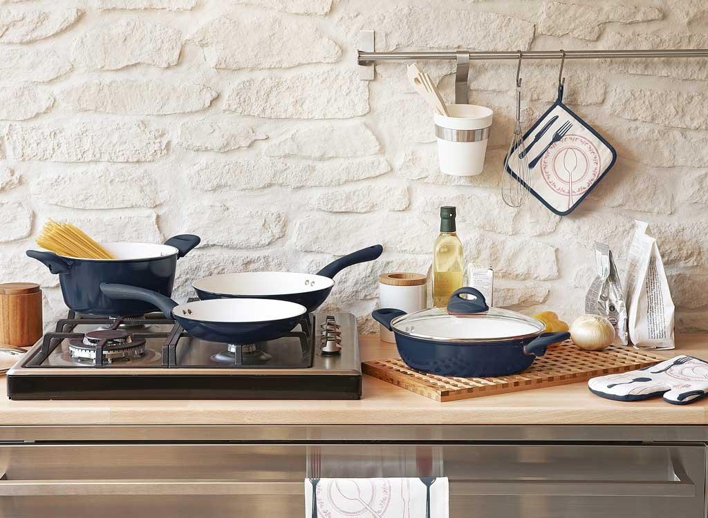 cooking pots pans