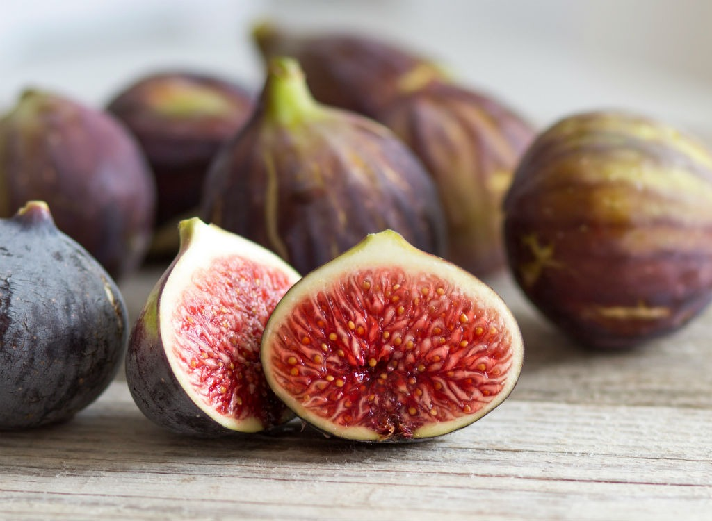 Figs in a pile