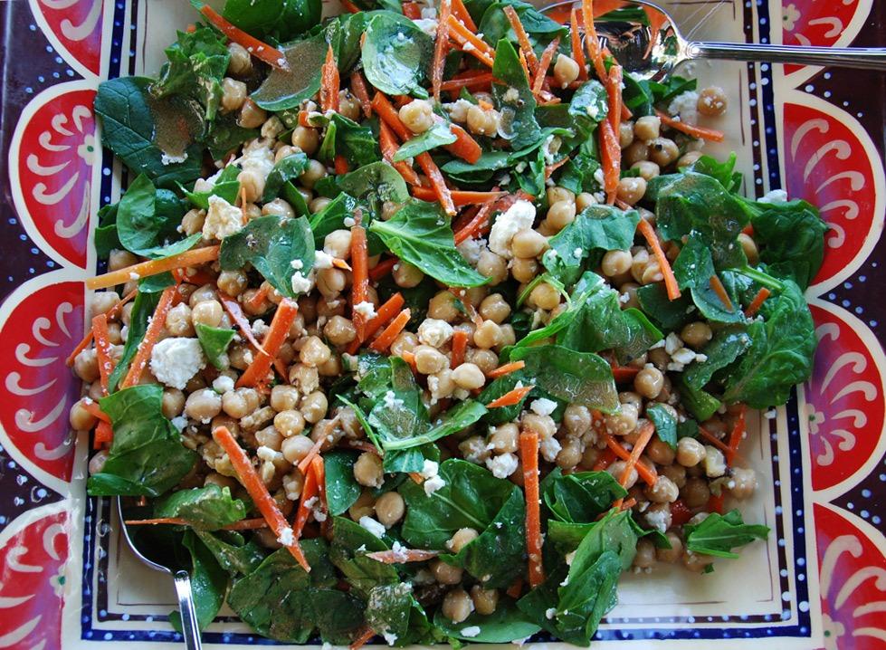 julia roberts spinach chickpea salad