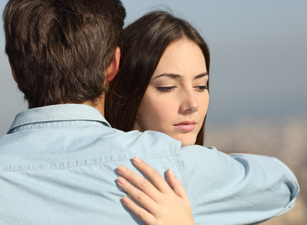 How to be happy couple hugging
