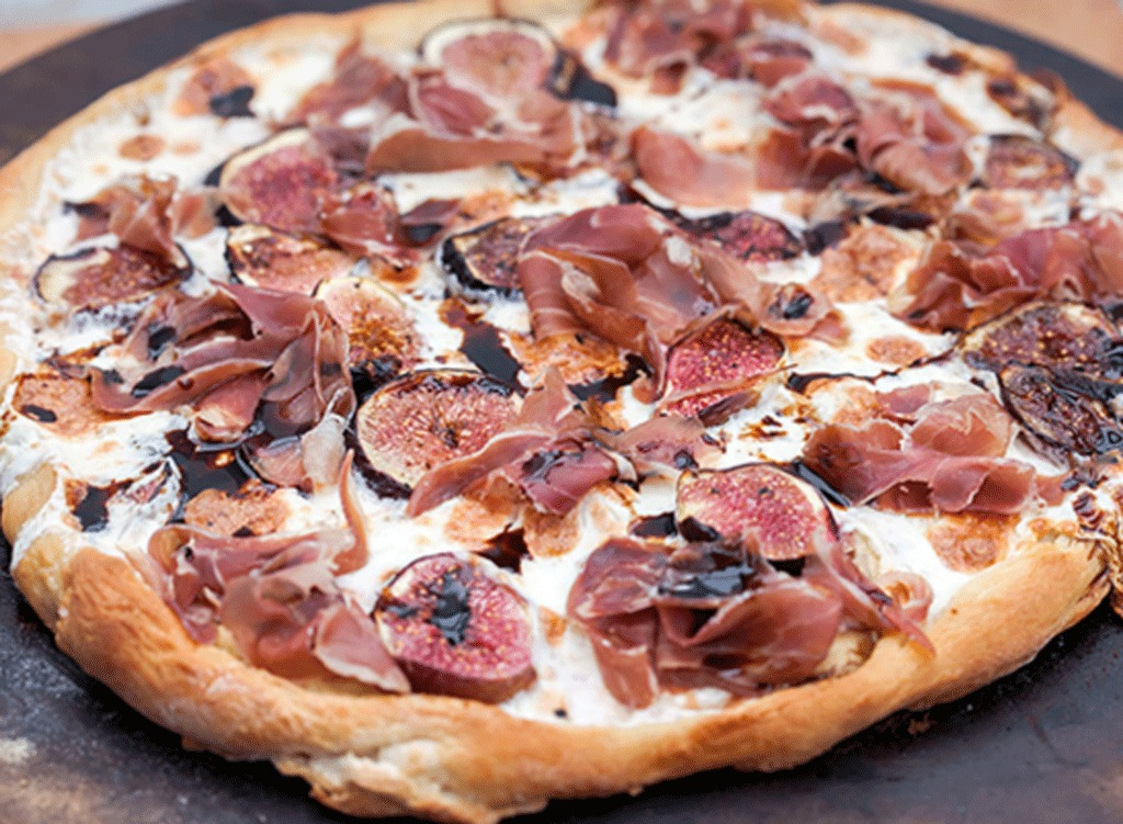 Fig and Prosciutto Pizza with Balsamic