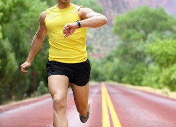 runner wearing fitness watch