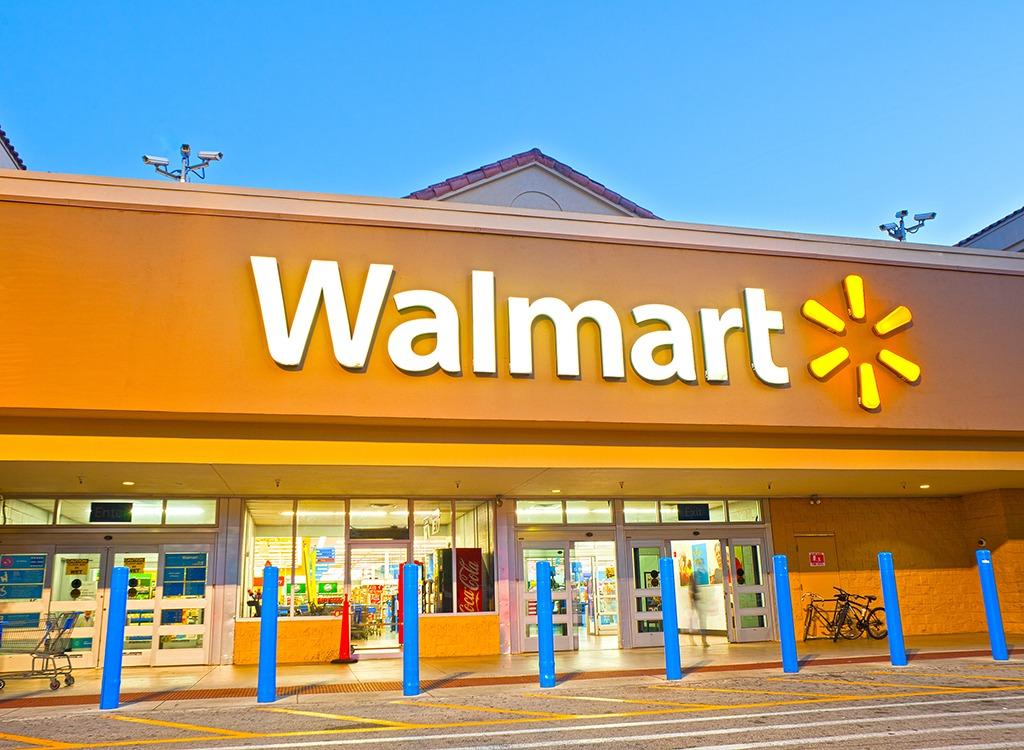 Walmart exterior in Florida