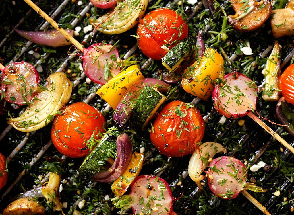 grilled veggies with dill