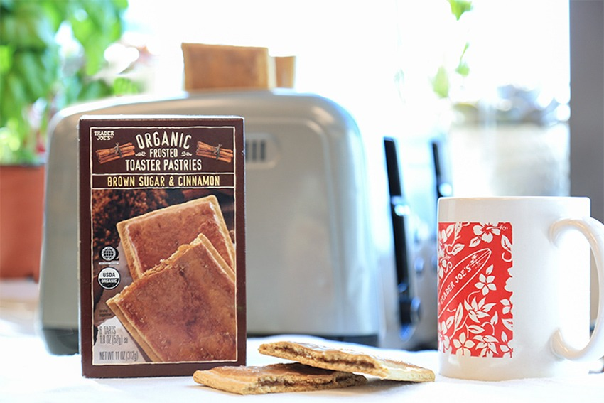 trader joes toaster pastries box