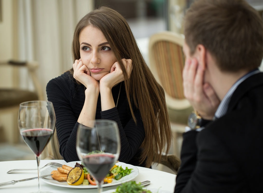 woman angry restaurant
