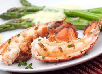 Lobster and asparagus