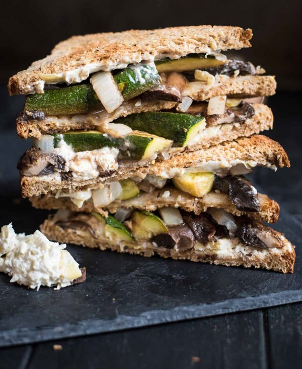 roasted portobello mushroom veggie sandwich