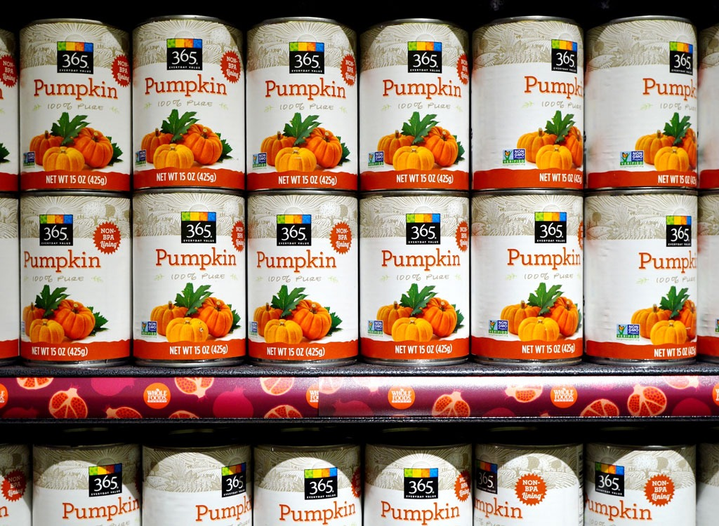 canned pumpkin on store shelves