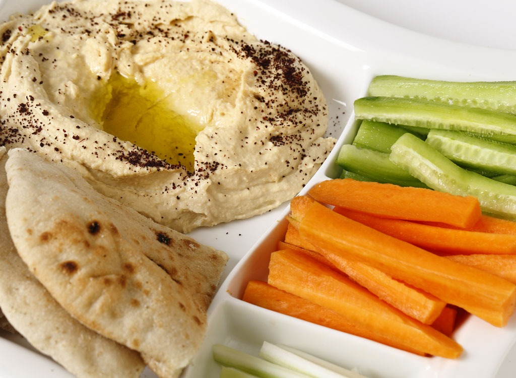 veggies and hummus