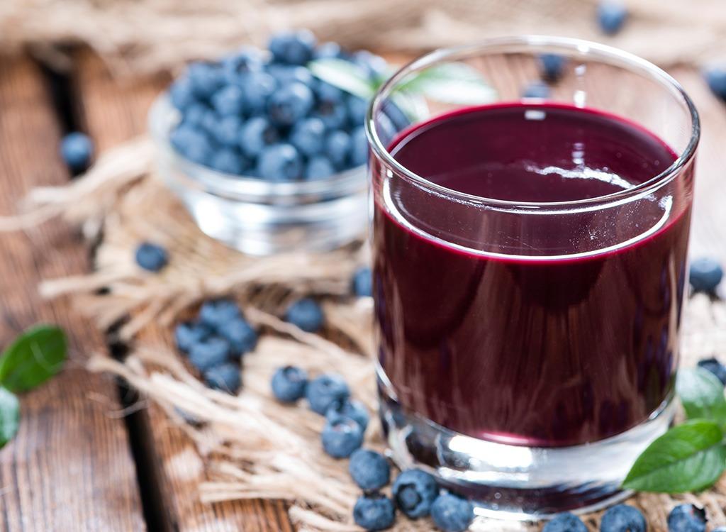 anti-depression foods - blueberry juice
