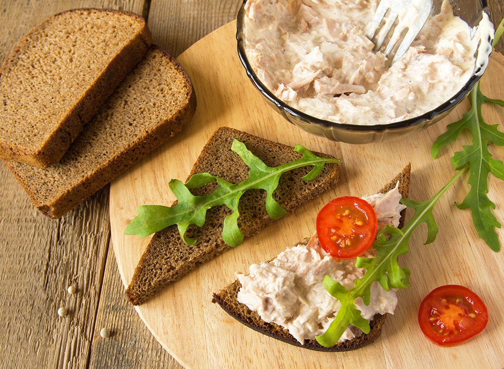 tuna salad made with yogurt