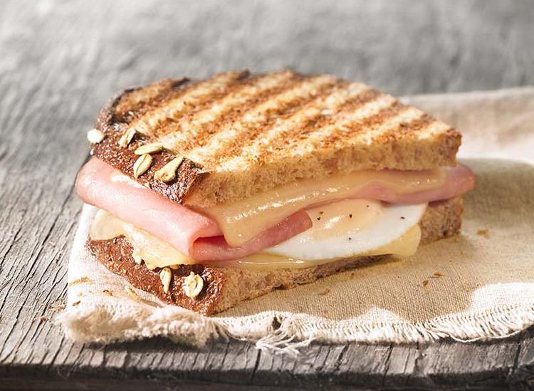 panera ham egg and cheese breakfast sandwich