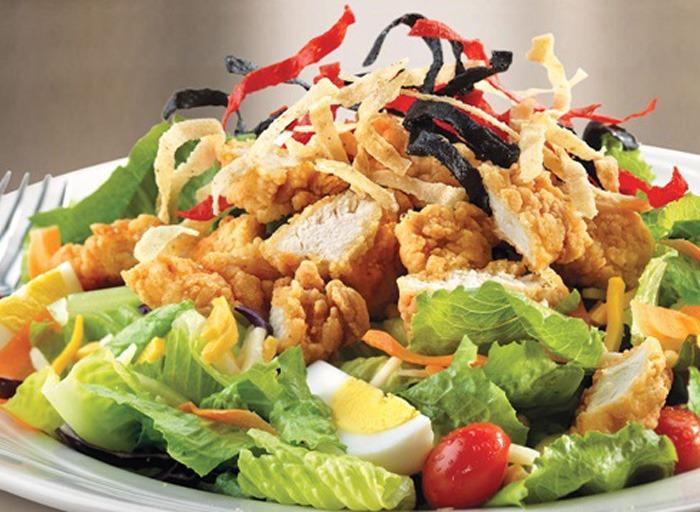 Friendlys crispy chicken salad