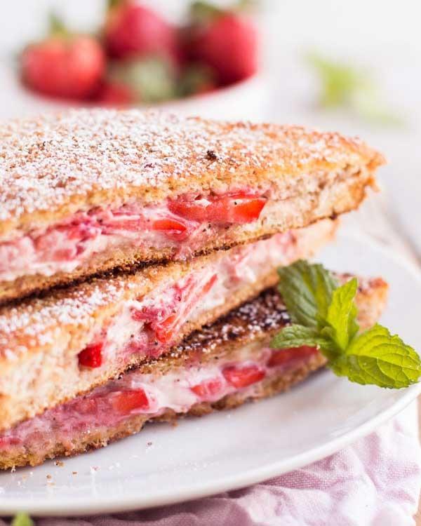skinny crunch stuffed french toast