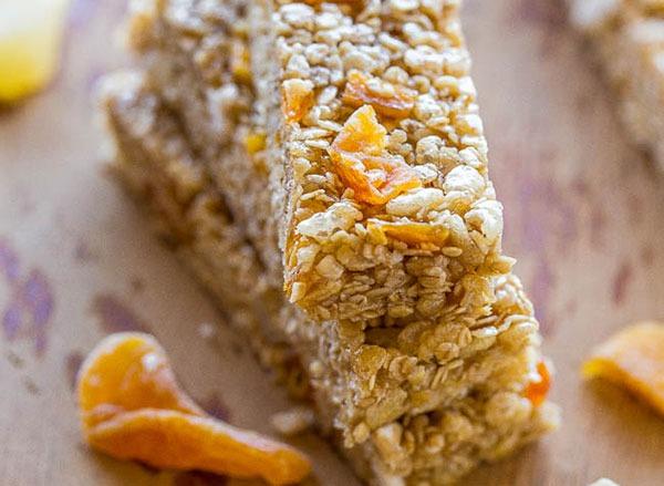 no-bake tropical granola bars