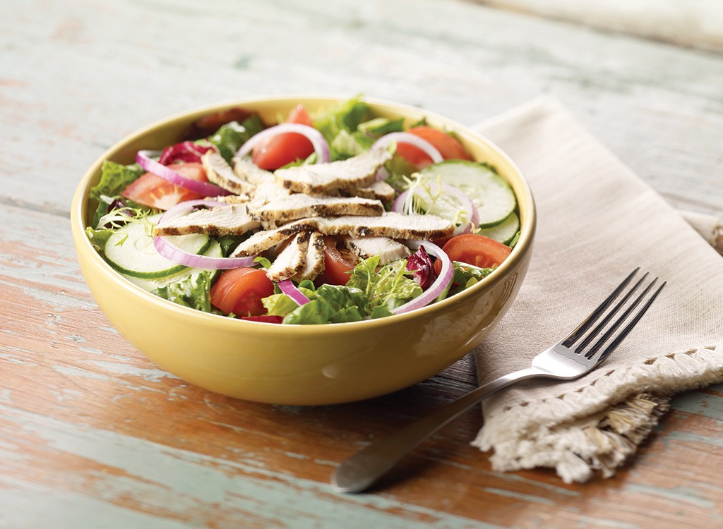 panera classic salad with chicken