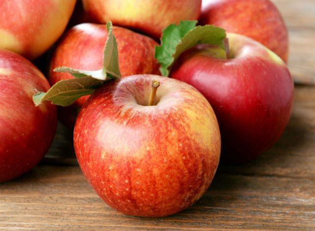 Sugary fruits ranked apple
