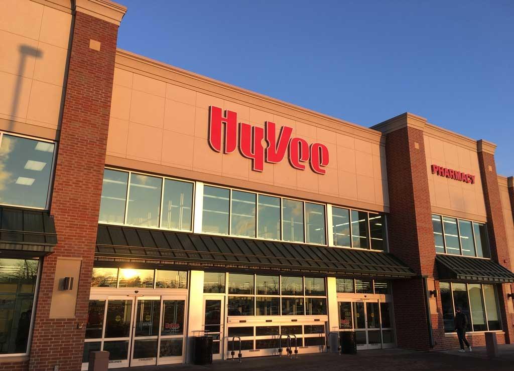 Hyvee food stores