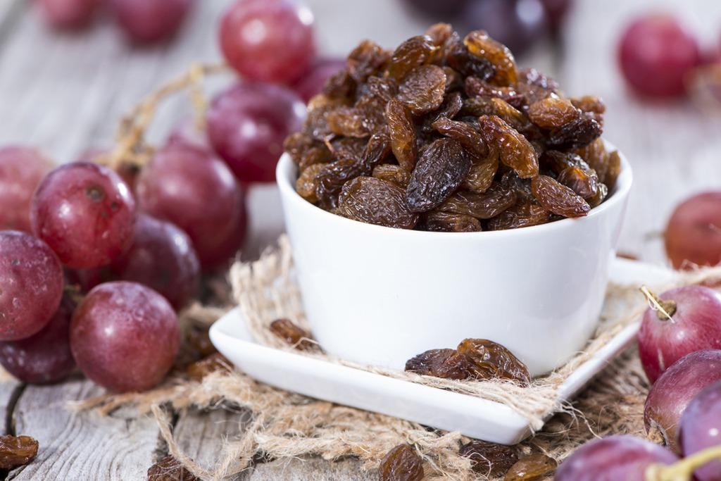 Raisins and grapes - foods that make you poop