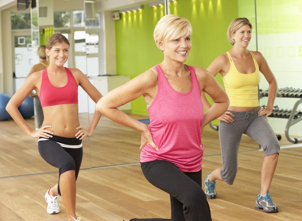 women working out class