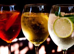 Alcohol spritzers