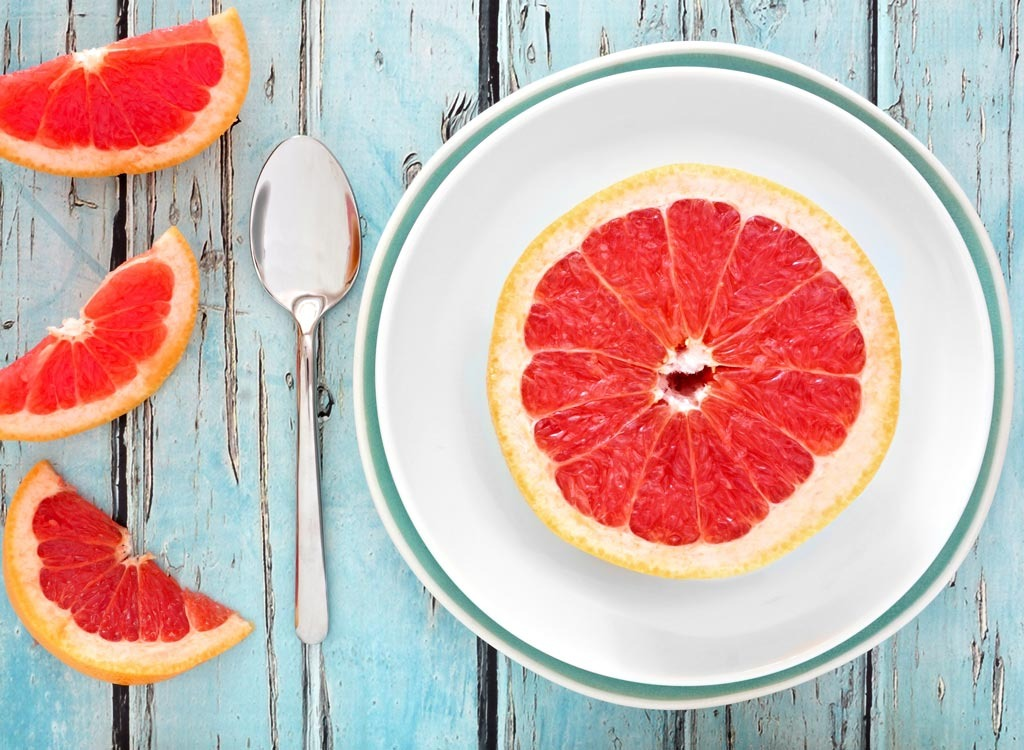 Grapefruit - healthy breakfast for weight loss
