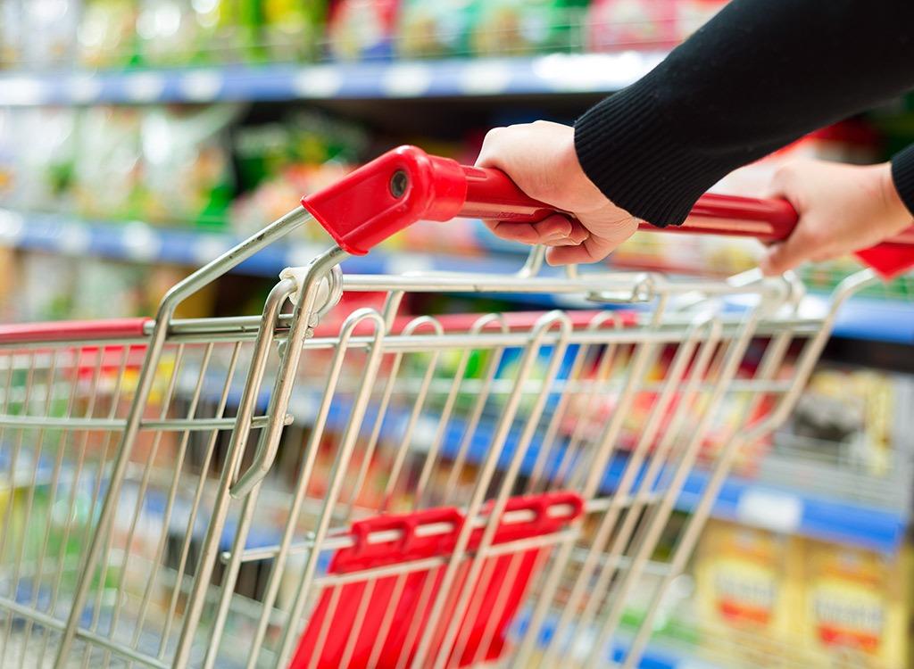 supermarket shopping tips - shopping cart