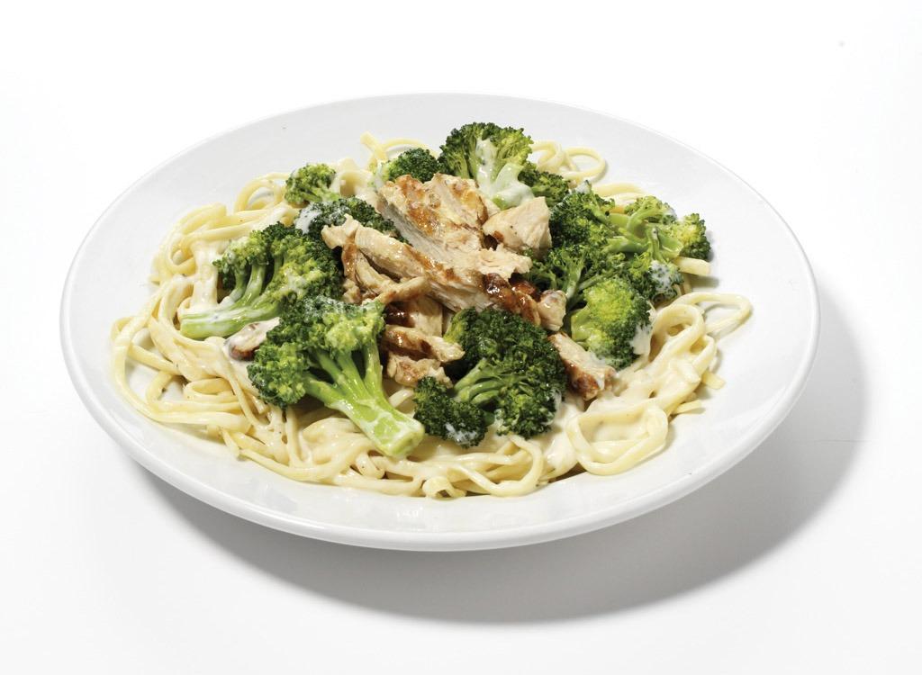 Applebees Chicken Broccoli Pasta Alfredo