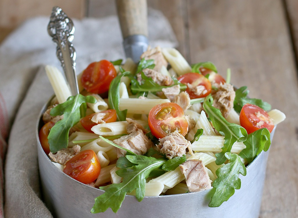 pasta with tuna tomatoes and greens