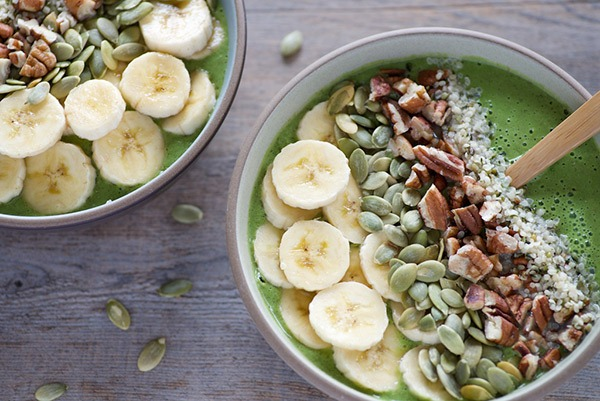 arugula and pear smoothie bowl