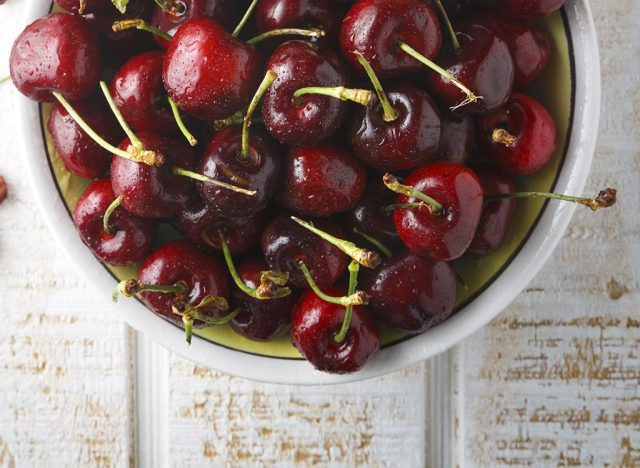 Sugary fruits ranked cherries
