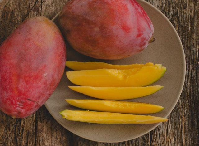 Sugary fruits ranked mango