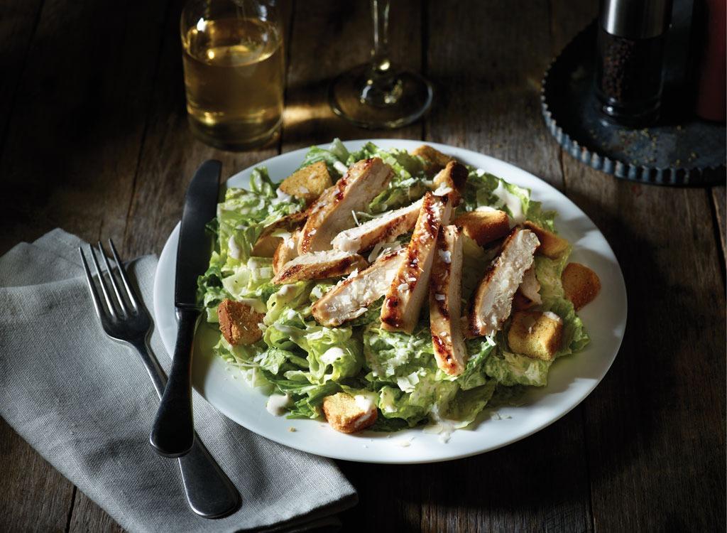 applebees grilled chicken caesar salad