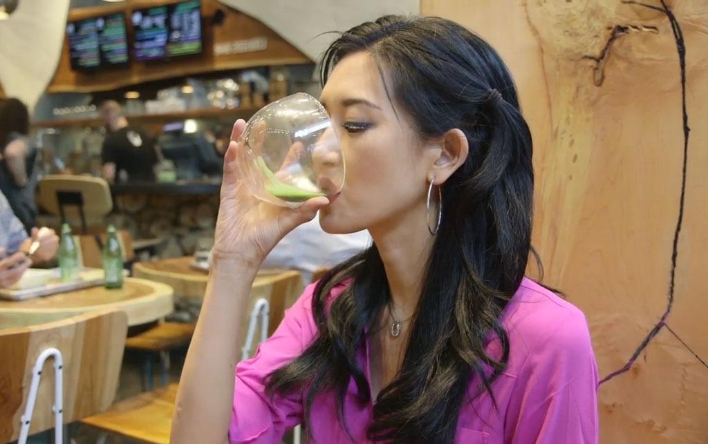 lose weight green tea woman