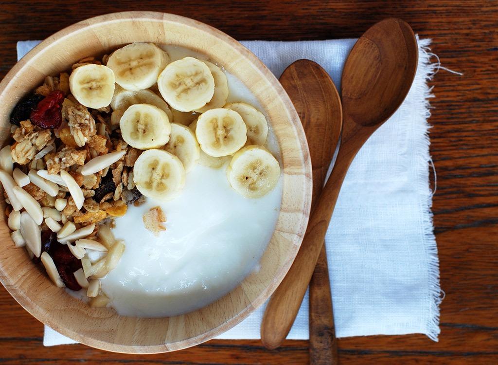 Yogurt with banana