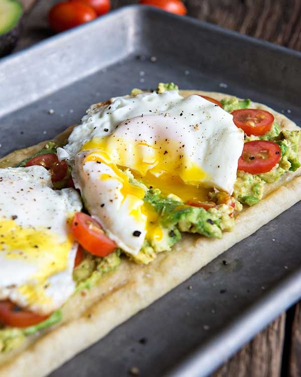 egg and california avocado breakfast flatbread