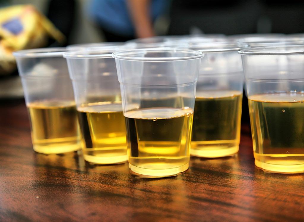 beer in cups