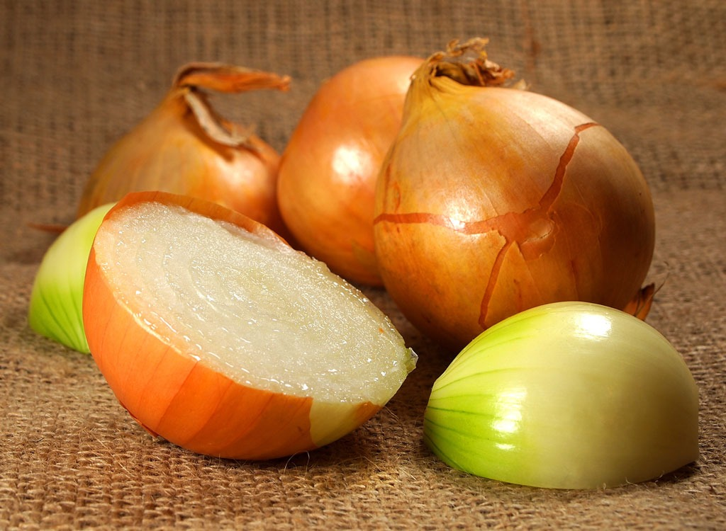 Spring foods vidalia onions