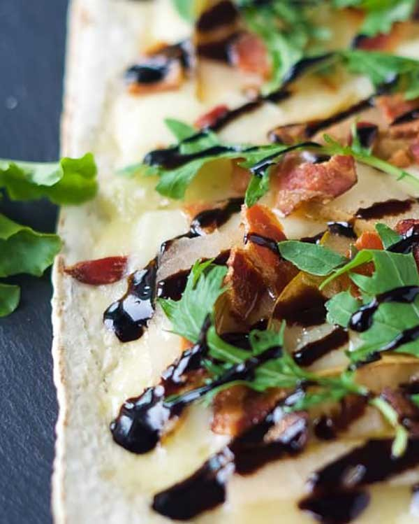 pear brie and bacon flatbread