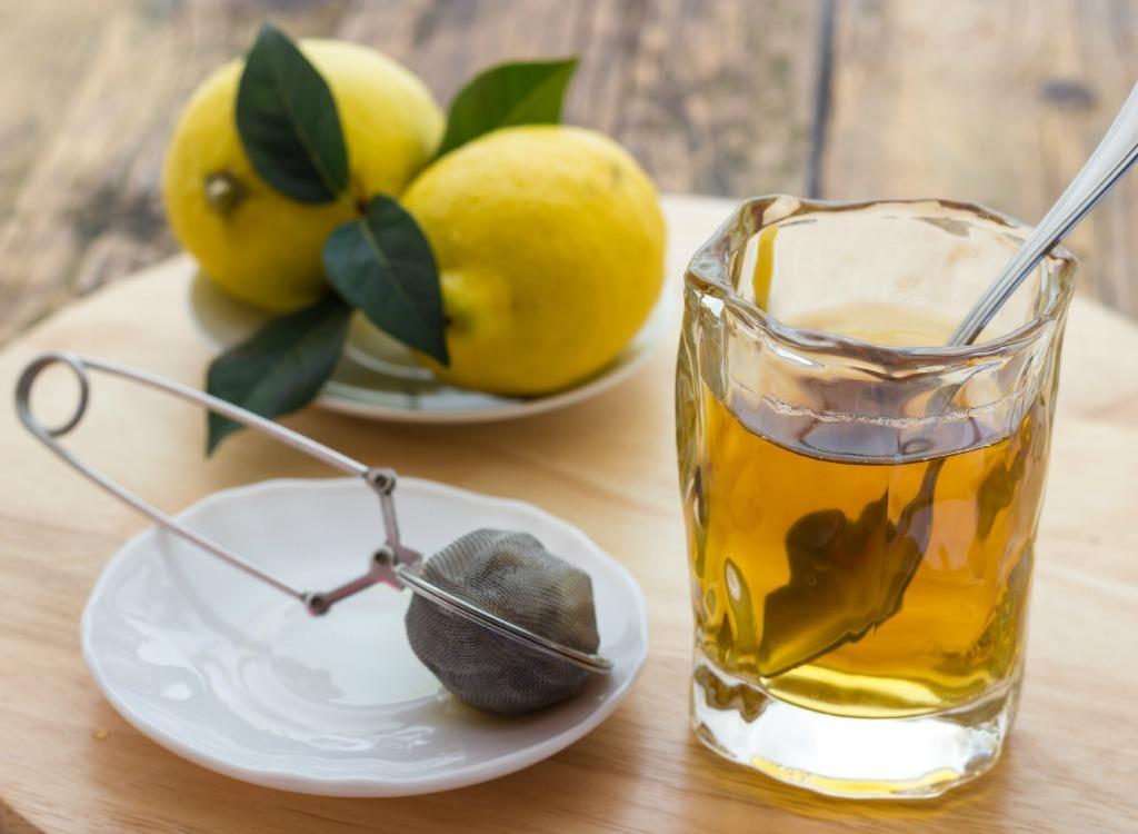 best teas for weight loss - lemon tea
