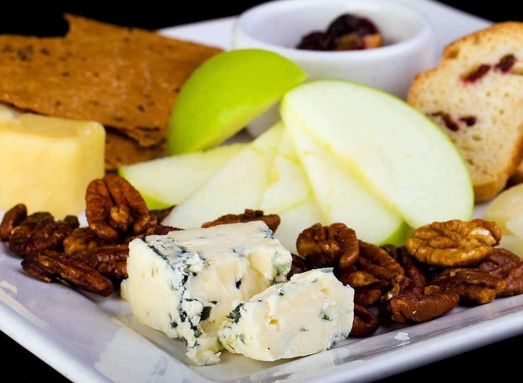 homemade bistro box cheese apples nuts crackers