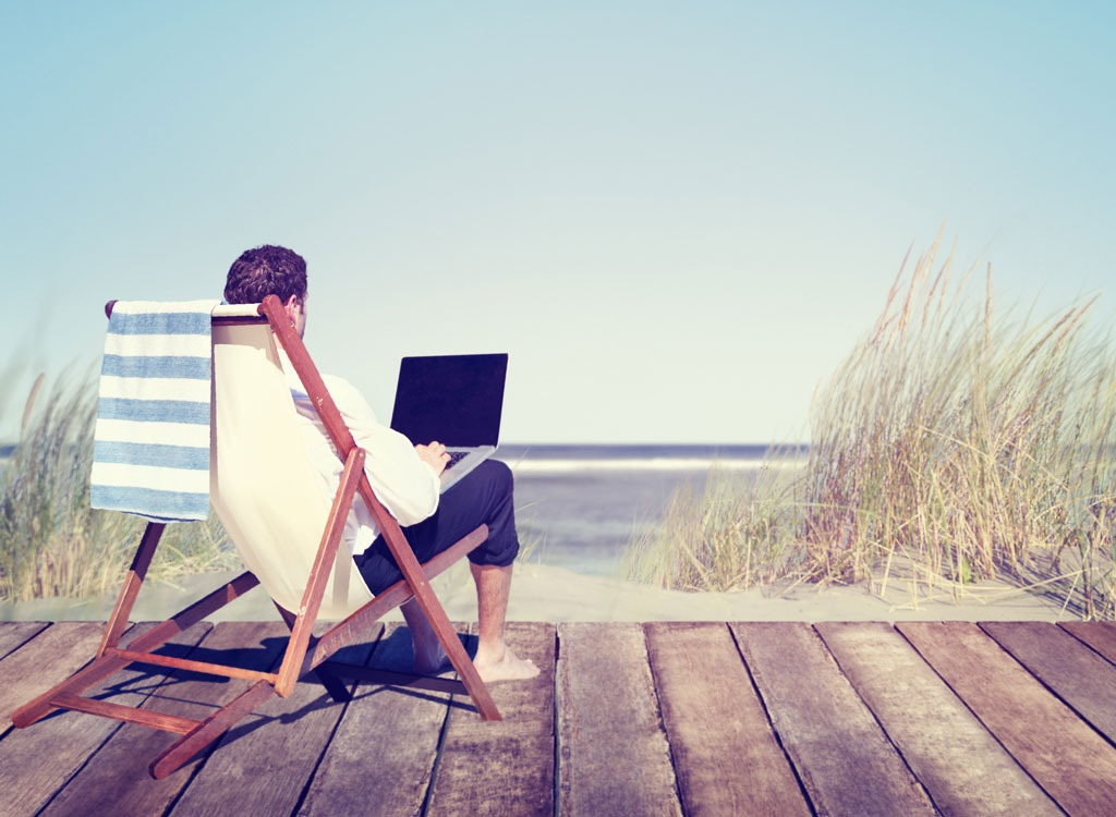 Worst vacation habits working during vacation