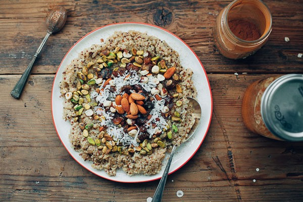 COCONUT QUINOA WITH DATES AND NUTS